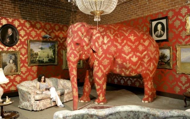 09_Banksy_Elephant